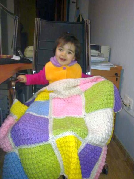 esdovi_manta_blanket_04_crochet