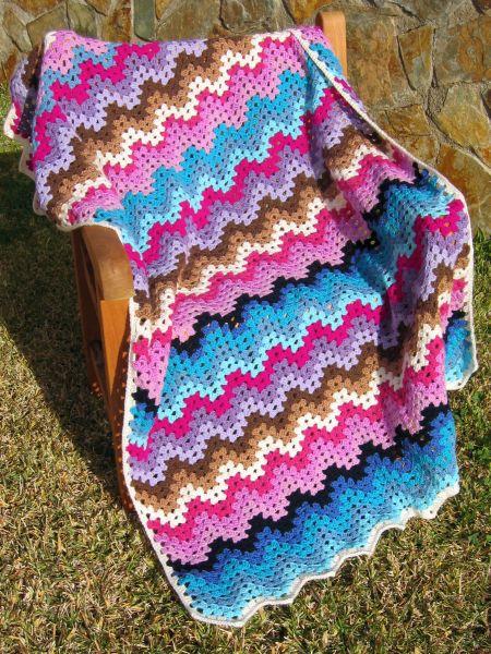 esdovi_manta_granny_ripple_afghan_crochet