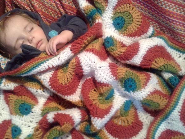 esdovi_manta_leo_crochet_02